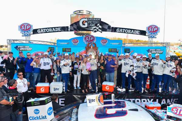 2017 Monster Energy NASCAR Cup Series STP 500 Martinsville Speedway, Martinsville, VA USA Sunday 2 April 2017 Brad Keselowski and team celebrate in victory lane World Copyright: Logan Whitton/LAT Images ref: Digital Image 17MART1LW2748