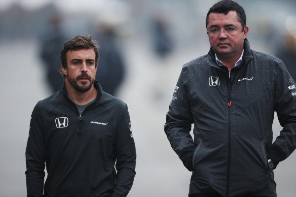 Shanghai International Circuit, Shanghai, China.  Friday 07 April 2017. Fernando Alonso, McLaren, with Eric Boullier, Racing Director, McLaren. World Copyright: LAT Images ref: Digital Image AN7T5460
