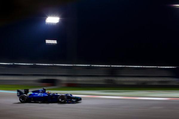 2015 GP2 Series Test 3. Yas Marina Circuit, Abu Dhabi, United Arab Emirates. Thursday 3 December 2015. Dean Stoneman (GBR, Carlin). World Copyright: Zak Mauger/LAT Photographic. ref: Digital Image _L0U2768