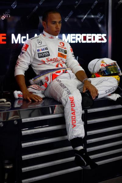 Shanghai International Circuit, Shanghai, China 17th October 2008 Lewis Hamilton, McLaren MP4-23 Mercedes. Portrait.  World Copyright: Steven Tee/LAT Photographic ref: Digital Image _I4V3408