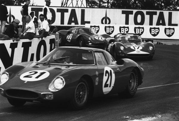 Le Mans, France. 19th - 20th June 1965.Masten Gregory/Jochen Rindt (Ferrari 250LM), 1st position, action. World Copyright: LAT Photographic.Ref: 165F - 35.