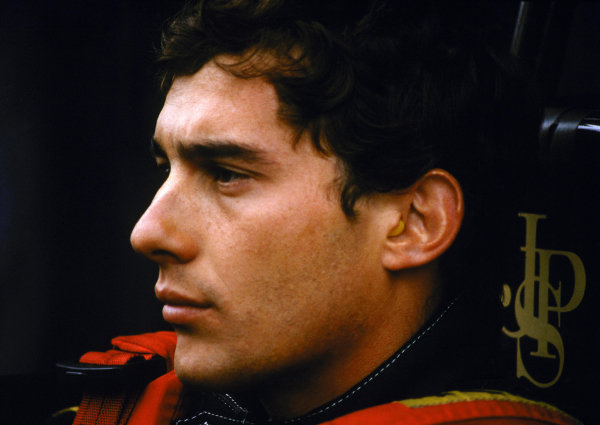 Ayrton Senna (BRA) Lotus 97T dominated the race in appalling conditions to claim his first Grand Prix victory.  Formula One Championship, Rd 2, Portuguese Grand Prix, Estoril, 21 April 1985.