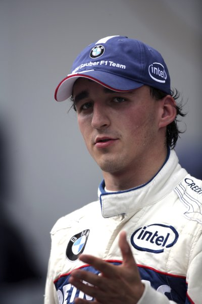 2006 USA Grand Prix - Friday Practice Indianapolis, Indiana, USA. 29th June - 2nd July. Robert Kubica, Sauber F1.06-BMW, portrait. World Copyright: Steven Tee/LAT Photographic ref: Digital Image YY2Z4328