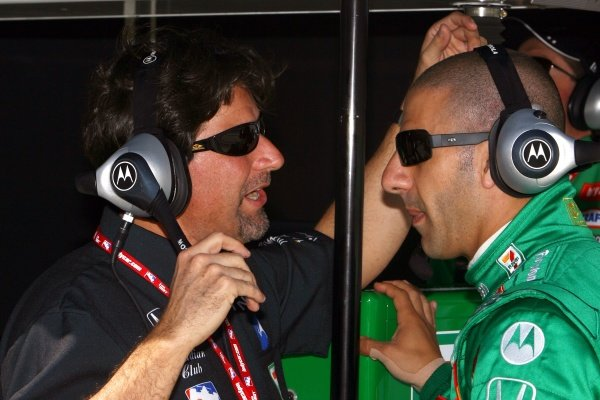 L-R: Andretti Green Racing team owner Michael Andretti (USA) and Tony Kanaan (BRA).