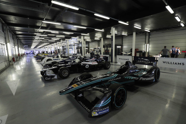 Williams 40 Event Silverstone, Northants, UK Friday 2 June 2017. A line-up of Williams-related cars, including Grand Prix machinery, Jaguar Formula E car and BMW Le Mans winner. World Copyright: Zak Mauger/LAT Images ref: Digital Image _56I9382