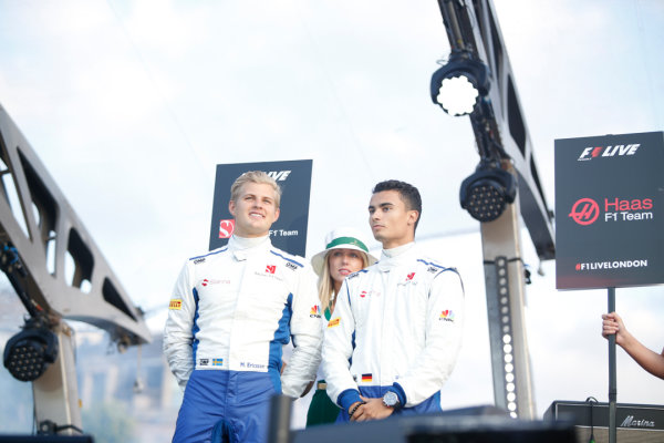 London, United Kingdom.  Wednesday 12 July 2017. Marcus Ericsson, Sauber, and Pascal Wehrlein, Sauber. World Copyright: Joe Portlock/LAT Images  ref: Digital Image _L5R8642