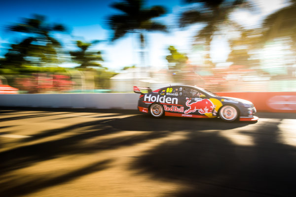 2017 Supercars Championship Round 7.  Townsville 400, Reid Park, Townsville, Queensland, Australia. Friday 7th July to Sunday 9th July 2017. Jamie Whincup drives the #88 Red Bull Holden Racing Team Holden Commodore VF. World Copyright: Daniel Kalisz/ LAT Images Ref: Digital Image 070717_VASCR7_DKIMG_2089.jpg