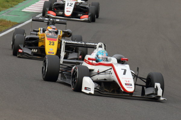 2017 Japanese Formula 3 Championship Sugo, Japan. 23rd - 24th September 2017. Rd 19 & 20. Rd19 3rd position Sena Sakaguchi ( #7 HFDP RACING ) action World Copyright: Yasushi Ishihara / LAT Images. Ref: 2017_JF3_R19&20_008