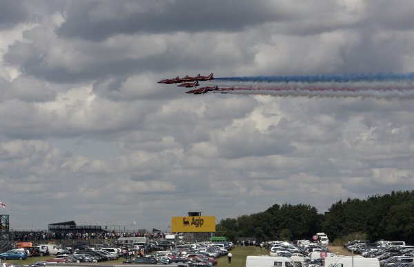 FIA Formula 1 World Championship Round 9 British Grand Prix Silverstone 8th July 2007 The 9 BAE Hawk T.Mk.1A's of The Red Arrows. Atmosphere Worldwide Copyright: Colin McMaster/LAT