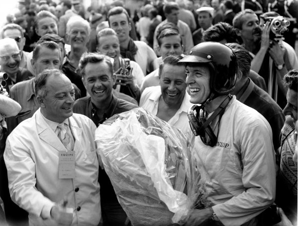 Rouen-les-Essarts, France.6th - 8th July 1962.Dan Gurney (Porsche 804), 1st position, portrait.World Copyright: LAT Photographic. Ref: Autocar Glass Plate C66432.