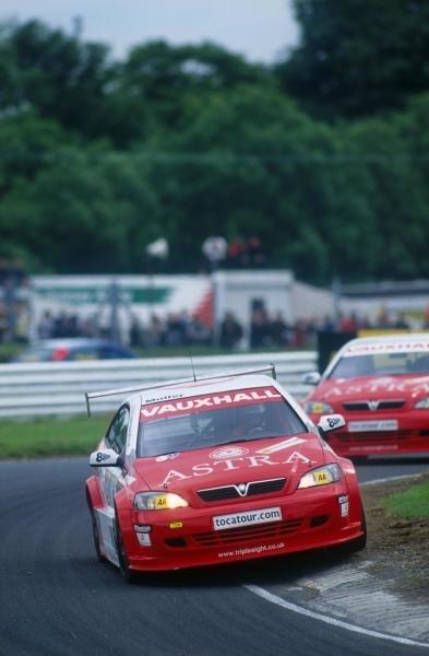 Yvan Muller (FRA) Vauxhall 1st place. in both races.British Touring Car Championship, Mondello Park, Ireland. 17 June 2001BEST IMAGE