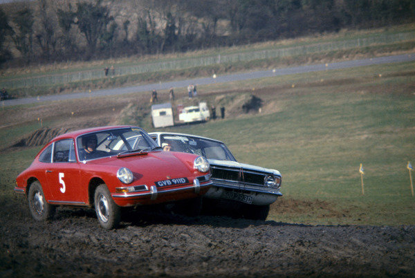 Lydden Hill, England.4th February 1967. Vic Elford (Porsche 911), leads Roger Clark (Ford Cortina GT), action. Ref: Peter Burn / LAT Images