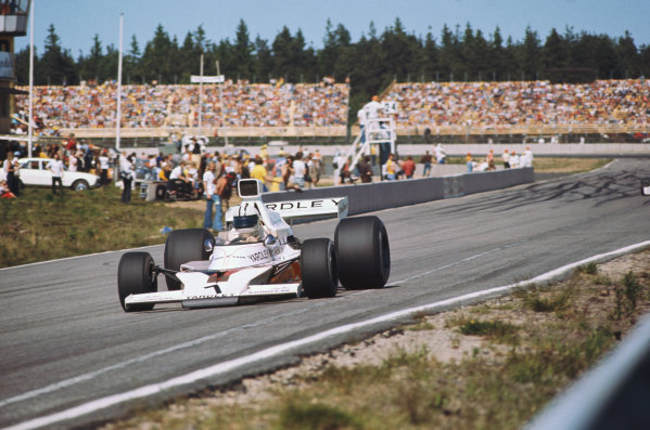 1973 Swedish Grand Prix.  Anderstorp, Sweden. 15-17th June 1973.  Denny Hulme, McLaren M23 Ford, 1st position.  Ref: 73SWE10. World Copyright: LAT Photographic