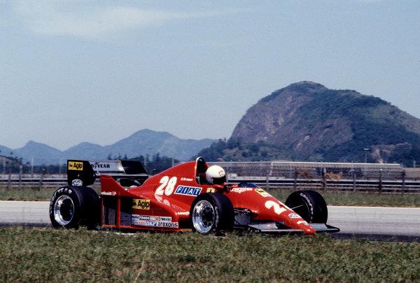 1983 Brazilian Grand Prix.Jacarepagua, Rio de Janeiro, Brazil.11-13 March 1983.Rene Arnoux (Ferrari 126C2B) 10th position.Ref-83 BRA 18.World Copyright - LAT Photographic