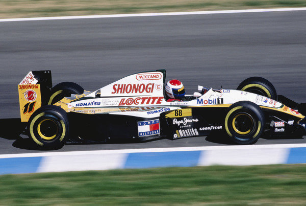 1994 European Grand Prix.Jerez, Spain. 14-16 October 1994.Eric Bernard (Lotus 109 Mugen Honda).  Ref: 94EUR25. World Copyright - LAT Photographic