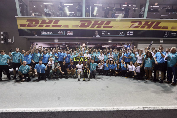 Lewis Hamilton, Mercedes AMG F1, 1st position, guests and the Mercedes team celebrate victory