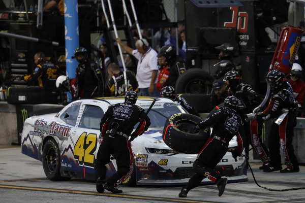 #42: John Hunter Nemechek, Chip Ganassi Racing, Chevrolet Camaro Fire Alarm Services, Inc., pit stop