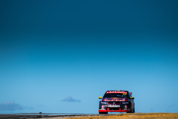 2017 Supercars Championship Round 4.  Perth SuperSprint, Barbagallo Raceway, Western Australia, Australia. Friday May 5th to Sunday May 7th 2017. Jamie Whincup drives the #88 Red Bull Holden Racing Team Holden Commodore VF. World Copyright: Daniel Kalisz/LAT Images Ref: Digital Image 050517_VASCR4_DKIMG_1332.JPG