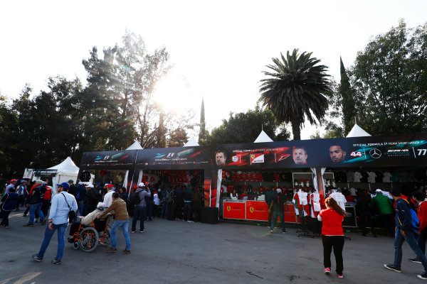 Autodromo Hermanos Rodriguez, Mexico City, Mexico. Saturday 28 October 2017. Fans pass merchandising stands. World Copyright: Sam Bloxham/LAT Images  ref: Digital Image _W6I9708