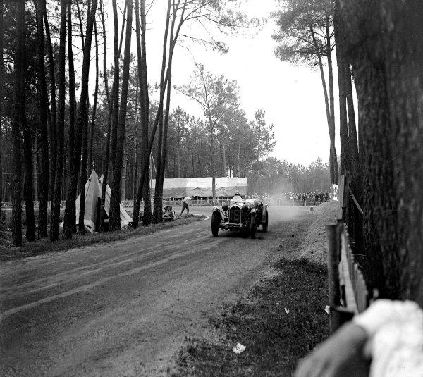 "Le Mans, France. 13-14 June 1931.Lord Howe/Henry ""Tim"" Birkin (Alfa Romeo 8C), 1st position.Ref-Motor 741/4.World Copyright - LAT Photographic"