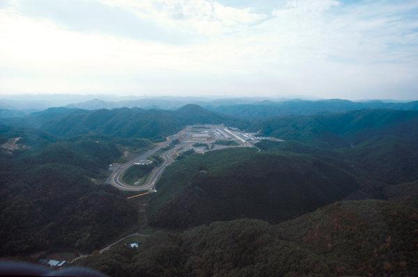 Tanaka International, Aida, Japan.20-22 October 1995.An aerial view of the Tanaka International Circuit.Ref-95 PAC 11.World Copyright - LAT Photographic