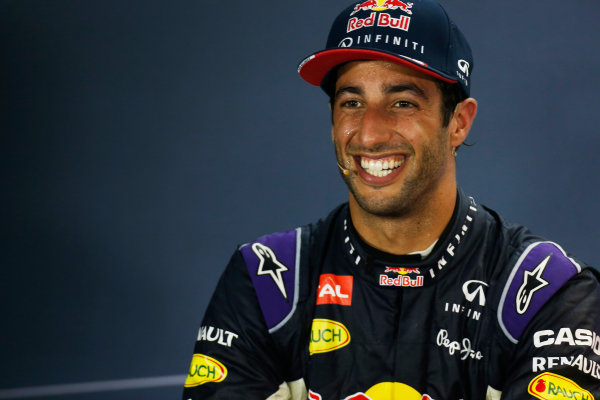 Marina Bay Circuit, Singapore. Sunday 20 September 2015. Daniel Ricciardo, Red Bull Racing, 2nd Position, in the Press Conference. World Copyright: Alastair Staley/LAT Photographic. ref: Digital Image _R6T7479