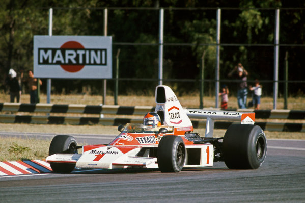 1975 Argentinian Grand Prix  Buenos Aires, Argentina. 10-12th January 1975.  Emerson Fittipaldi, McLaren M23 Ford, 1st position.  Ref: 75ARG15. World copyright: LAT Photographic