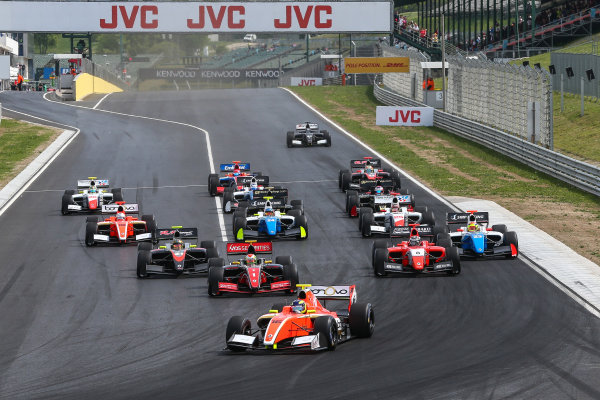 BUDAPEST (HUN) APR 22-24 2016 - Second round of the Formula V8 3.5 at the Hungaroring. Tom Dillmann #16 AVF, leads the pack at the start of Race 1. © 2016 Diederik van der Laan  / Dutch Photo Agency / LAT Photographic
