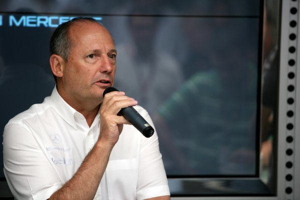 2006 Hungarian Grand Prix - Saturday Qualifying Hungaroring, Budapest, Hungary. 3rd - 6th August. Ron Dennis, portrait. World Copyright: Charles Coates/LAT Photographic ref: Digital Image ZK5Y4112
