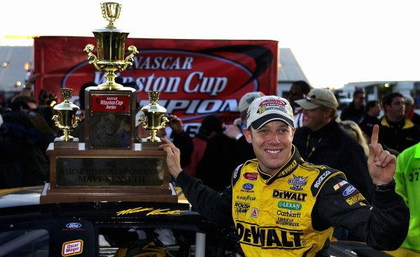 Matt Kenseth (USA), Smirnoff Ice/DeWalt Ford, celebrates winning the final Winston Cup. NASCAR Winston Cup Series, Rd35, Pop-Secret Microwave Popcorn 400, Rockingham, North Carolina, USA. 9 November 2003.DIGITAL IMAGE