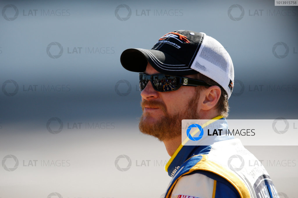 11-12 April, 2013, Fort Worth, Texas, USA Dale Earnhardt Jr. © 2013, Michael L. Levitt LAT Photo USA.