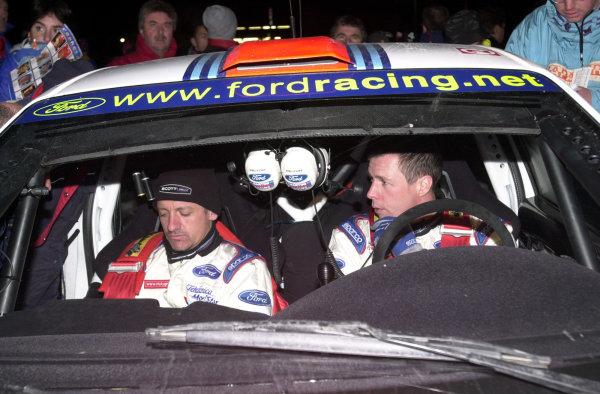 2001 World Rally Championship. Monte Carlo Rally,  Monaco. 18th -21st January 2001. Rd 1. Colin McRae waits to go into service. World Copyright: Ralph Hardwick/ LAT Photographic. Ref: Colin2