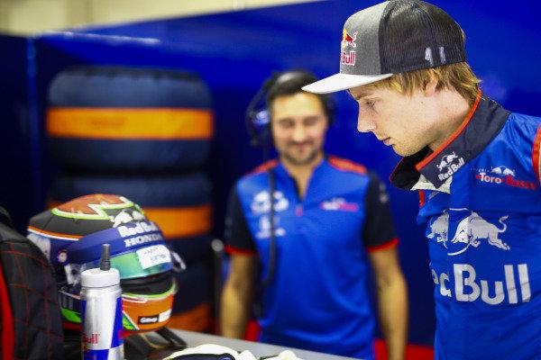 Brendon Hartley, Toro Rosso, views a birthday message on his helmet visor.