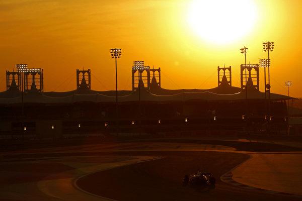 Low light action at Formula One World Championship, Rd2, Bahrain Grand Prix Race, Bahrain International Circuit, Sakhir, Bahrain, Sunday 3 April 2016. BEST IMAGE