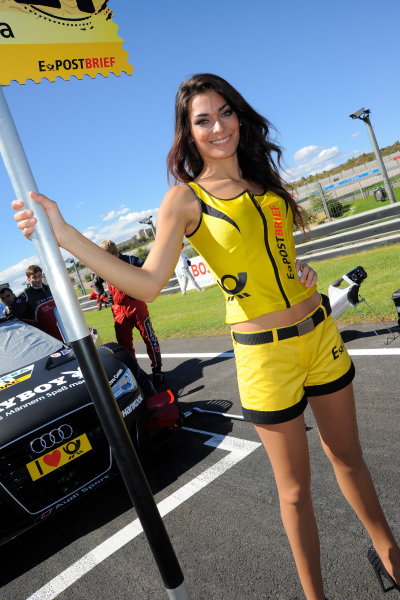 Round 9 - Valencia, Spain28th - 30th September 2012grid girlWorld Copyright:  XPB Images / LAT Photographicref: Digital Image 2375617_HiRes