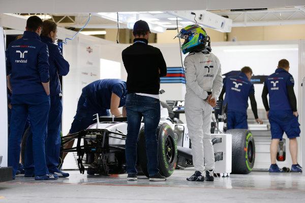 Shanghai International Circuit, Shanghai, China. Thursday 9 April 2015. Felipe Massa, Williams F1, in the garage. World Copyright: Charles Coates/LAT Photographic. ref: Digital Image _J5R6526