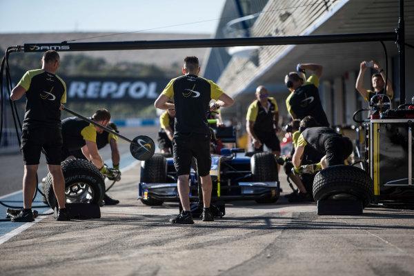 2017 FIA Formula 2 Round 10. Circuito de Jerez, Jerez, Spain. Thursday 5 October 2017. Pit stop practice with Nicholas Latifi (CAN, DAMS) car. Photo: Andrew Ferraro/FIA Formula 2. ref: Digital Image _FER8117