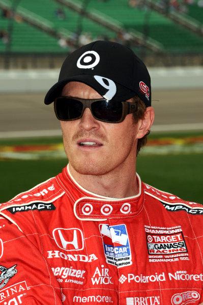 Race winner Scott Dixon (NZL), Target Ganassi Racing.IndyCar Series, Rd3, Road Runner Turbo 300, Kansas Speedway, Kansas, USA. 25-26 April 2009.