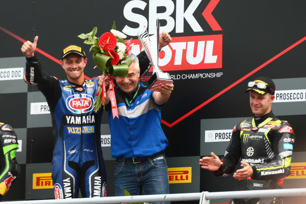 Podium: race winner Michael van der Mark, Pata Yamaha, Andrea Dosoli, third place Jonathan Rea, Kawasaki Racing.