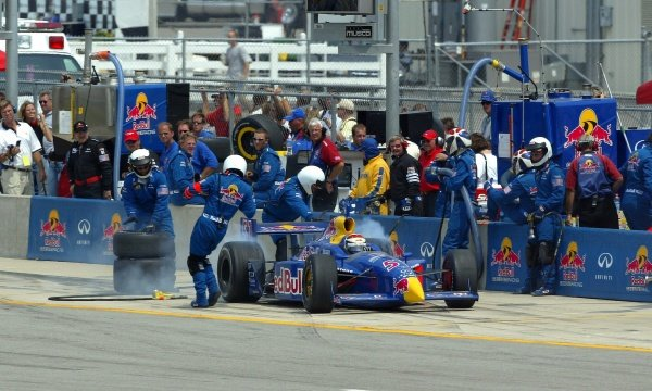 IndyCar Photos: Kentucky (2002) - Sutton Images