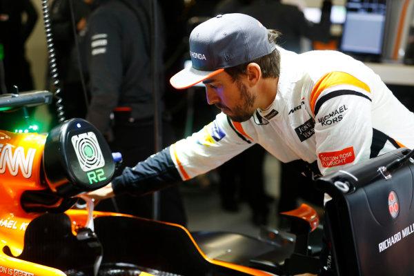 Shanghai International Circuit, Shanghai, China.  Friday 07 April 2017. Fernando Alonso, McLaren. World Copyright: Steven Tee/LAT Images ref: Digital Image _R3I2797