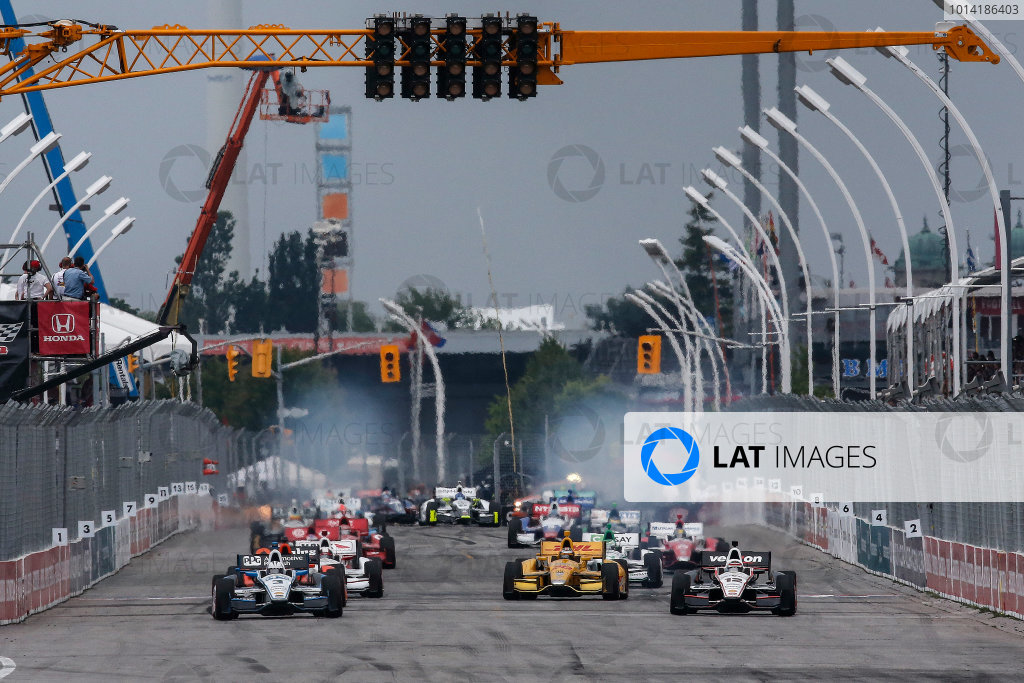20 July, 2014, Toronto, Ontario, Canada Standing Start with Will Power and Helio Castroneves ©2014, Michael L. Levitt LAT Photo USA