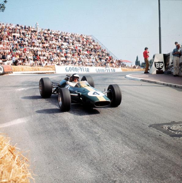 Monte Carlo, Monaco. 19-22 May 1966.Jim Clark (Lotus 33 Climax).Ref-3/2086.World Copyright - LAT Photographic