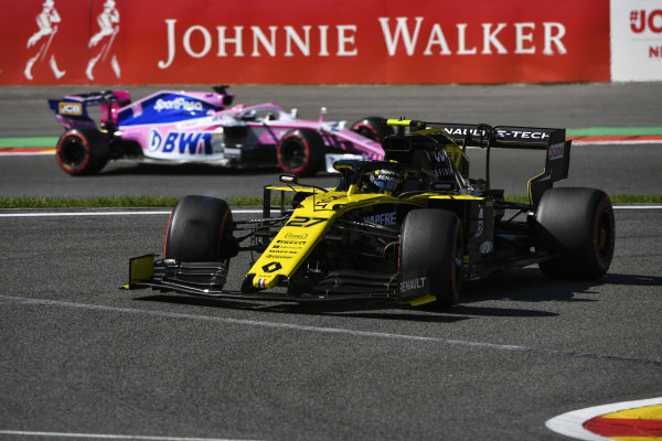 Nico Hulkenberg, Renault R.S. 19, leads Sergio Perez, Racing Point RP19