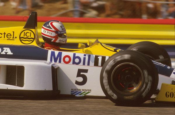 Paul Ricard, Le Castellet, France.4-6 July 1986.Nigel Mansell (Williams FW11 Honda) 1st position.Ref-86 FRA 10.World Copyright - LAT Photographic