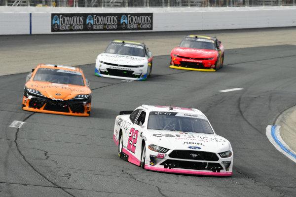 #22: Austin Cindric, Team Penske, Ford Mustang Car Shop, #18: Daniel Hemric, Joe Gibbs Racing, Toyota Supra Poppy Bank