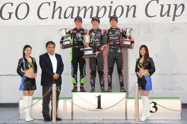 Rd15 Winner Ritomo Miyata, Corolla Chukyo Kuo TOM'S Dallara F317 Toyota, Sacha Fenestraz, B-Max Racing with Motopark F3 Dallara F314, 2nd, and Kazuto Kotaka, Corolla Chukyo Kuo TOM'S Dallara F317 Toyota, 3rd