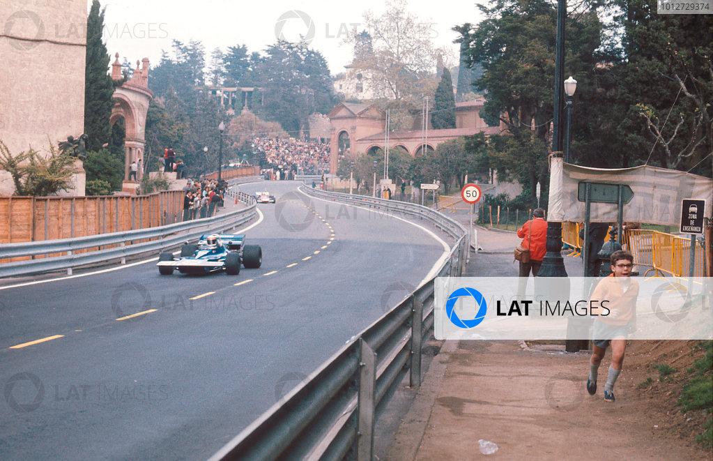 1971 Spanish Grand Prix.Monjuich Park, Barcelona, Spain.16-18 April 1971.Jackie Stewart (Tyrrell 003 Ford) 1st position.Ref-71 ESP 05.World Copyright - LAT Photographic