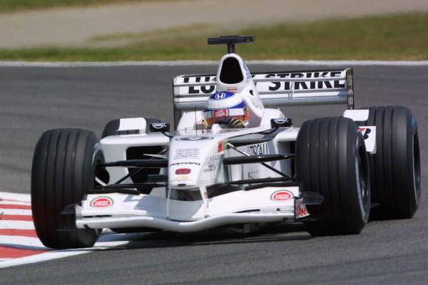 2001 Spanish Grand PrixCatalunya, Barcelona, Spain. 27-29 April 2001.Olivier Panis (B.A R. 003 Honda) 7th position.World Copyright - LAT Photographicref: 8 9 MB Digital File