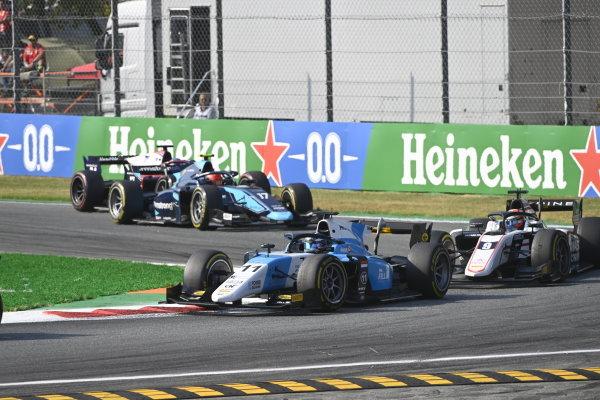 Richard Verschoor (NLD, MP Motorsport) Christian Lundgaard (DNK, ART Grand Prix) Marcus Armstrong (NZL, DAMS)